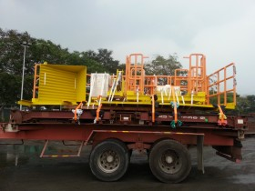 Tower crane for oil & gas from Port Klang to Jebel Ali